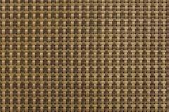 Mod?le ? carreaux entrelac? des lignes brunes et beiges Texture de surface approximative photographie stock libre de droits