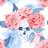 Modèle à la mode d'aquarelle avec les roses et le crâne Photos stock