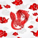 Modèle asiatique volant de dragon et de nuage Photographie stock