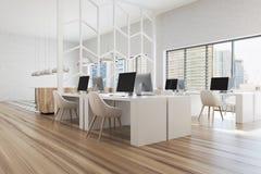 Modèle blanc et en bois moderne de coin de bureau Photographie stock libre de droits