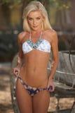 Modèle blond de bikini Photos libres de droits