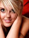 Modèle blond tatoué Image libre de droits