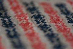Modèle brodé sur le tissu de coton Image stock