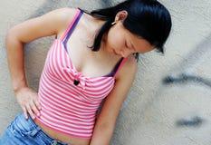Modèle coréen portant le vêtement occasionnel Photo stock