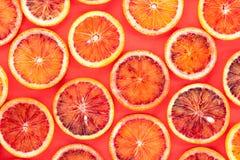 Modèle découpé en tranches d'oranges sanguines photo libre de droits