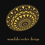 Modèle d'or de mandala sur le fond noir brochure Photos libres de droits