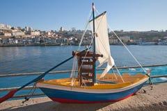 Modèle d'un bateau de navigation Photo libre de droits