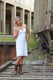 Modèle dans la robe blanche Images libres de droits
