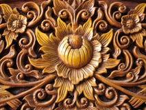 Modèle de bois de fleur découpé Image libre de droits