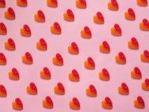 Modèle de coeur sur le fond rose Photographie stock