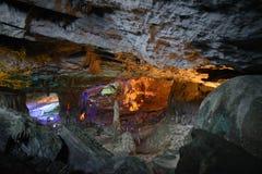 Modèle de jaune de Thien Cung Cave Heavenly Palace Cave images stock