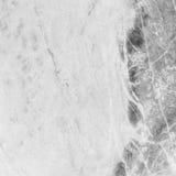 Modèle de marbre extérieur de plan rapproché au fond de marbre de texture de mur en pierre dans le ton noir et blanc Image libre de droits