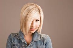 Modèle de mode blond Image stock
