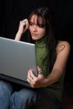 Modèle de mode - ordinateur portatif Photos libres de droits