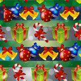 Modèle de nouvelle année avec les jouets d'arbre, le cadeau, la sucrerie rayée et la cloche de Noël Image libre de droits