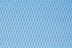 Modèle de nylon sans couture de maille sur le fond de ciel bleu photos libres de droits