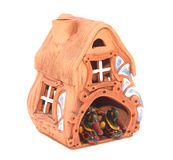 Modèle de petite maison avec des canards Photographie stock libre de droits