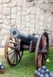 Modèle de style ancien d'arme à feu de canon d'artillerie Photo stock