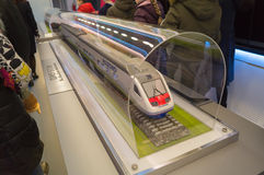 Modèle de train rouge gris Photo libre de droits