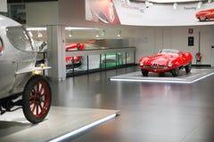 Modèle de Volante de la disco C52 d'Alfa Romeo 1900 sur l'affichage au musée historique Alfa Romeo images stock
