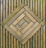 Modèle en bois vert de barrière Image libre de droits