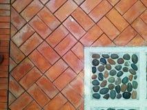 Modèle et fond en pierre de brique Photo stock
