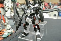 Modèle et jouets mobiles de nombre d'actions de Gundam de costume photographie stock