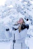 Modèle et neige Photos libres de droits