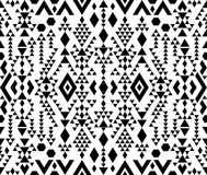 Modèle ethnique sans couture dans des couleurs monochromes et noires et blanches Photo stock