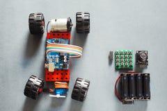 Modèle fait main de voiture de rc, construction sur électronique Photographie stock libre de droits