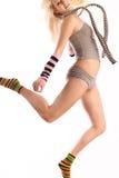 Modèle femelle dans le saut. Images libres de droits