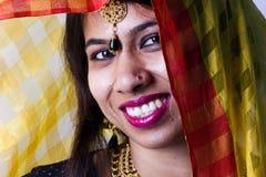 Modèle femelle indien dans le regard indien rural photos libres de droits