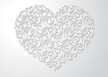 Modèle floral en forme de coeur blanc avec des feuilles Symbole modelé de l'amour 3d avec l'ombre sur le fond clair Photographie stock libre de droits
