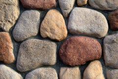 Modèle intéressant du mur en pierre Photographie stock