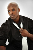 Modèle mâle noir attrayant image stock