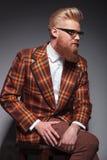 Modèle masculin de mode de beauté avec longtemps photographie stock libre de droits