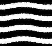 Modèle noir et blanc des rayures grunges onduleuses Image stock
