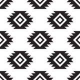 Modèle noir et blanc tribal sans couture Images libres de droits