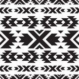 Modèle noir et blanc tribal sans couture Photographie stock