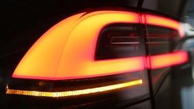 Modèle X Rendering de voiture de Tesla banque de vidéos