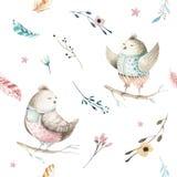 Modèle sans couture animal mignon d'oiseau de bébé, illustration de forêt pour l'habillement d'enfants Boho tiré par la main d'aq Image stock