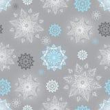 Modèle sans couture argenté d'hiver Photos stock