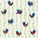 Modèle sans couture avec de joyeux oiseaux et branches, feuilles Photo stock