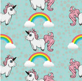 Modèle sans couture avec des licornes Licornes et arcs-en-ciel Image stock
