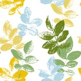 Modèle sans couture avec des silhouettes de feuilles Photos libres de droits