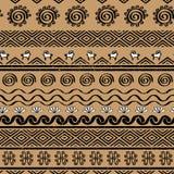 Modèle sans couture avec des symboles tribals de culture de cucuteni Photos libres de droits