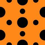 Modèle sans couture avec la texture abstraite géométrique de points de polka de noir de cercle Fond orange Conception plate Photos libres de droits