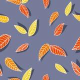 Modèle sans couture avec les feuilles d'automne oranges et jaunes illustration stock