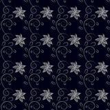 Modèle sans couture avec les fleurs hachées blanches et boucles avec des feuilles, noir de fond photographie stock libre de droits