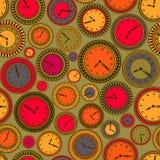 Modèle sans couture avec les horloges colorées sur le fond vert illustration stock